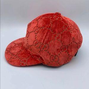 Gucci hat. Unisex hat
